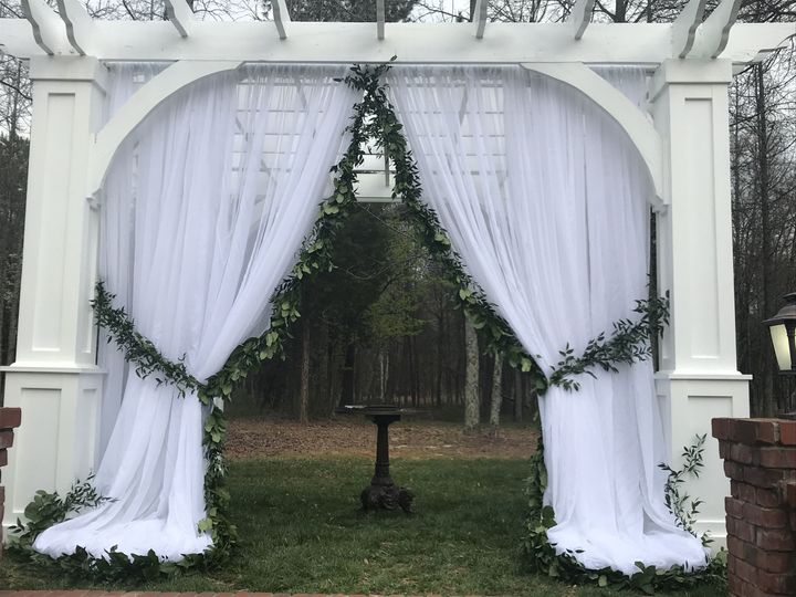 Tmx 1529946628 22118e42a1059b3f 1529946626 3f37aa96118ae9ea 1529946620840 4 IMG 1888 Mooresville, NC wedding venue