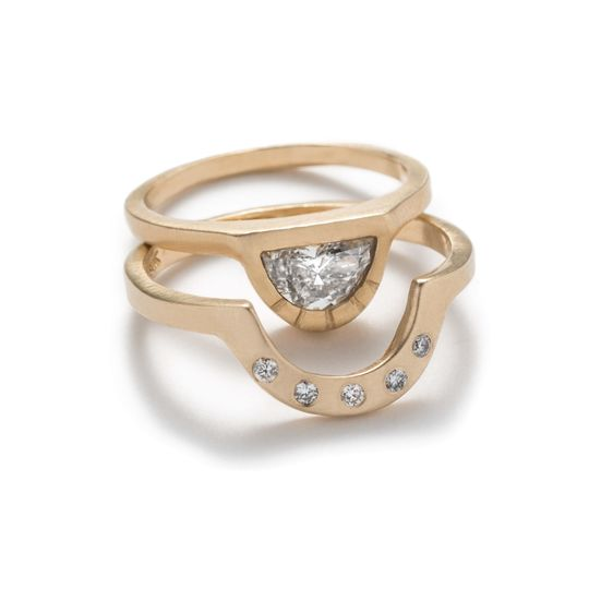 Half-moon diamond Omnia Ring