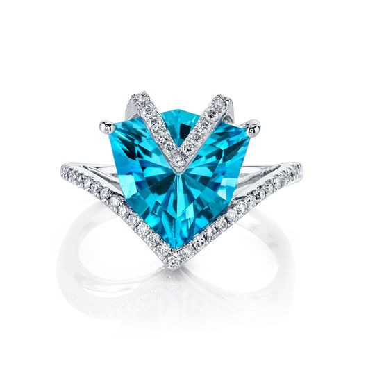 4.5 carat Swiss blue topaz ring