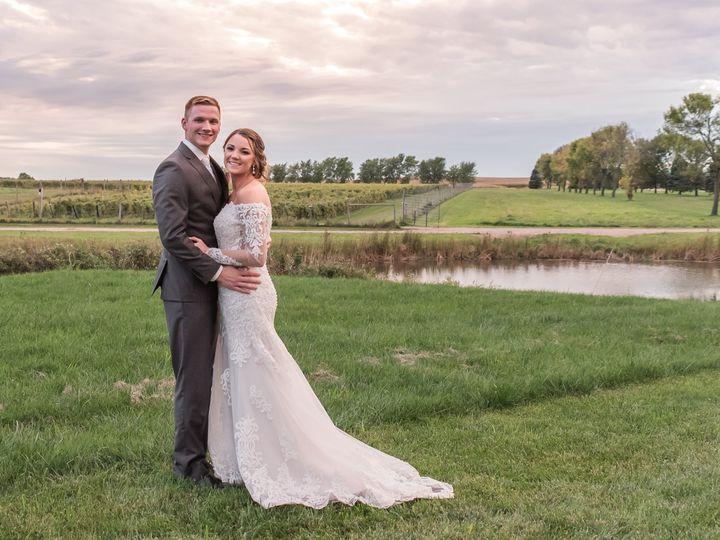 Tmx S5s 2420 51 1770747 162093895787500 Spirit Lake, IA wedding photography