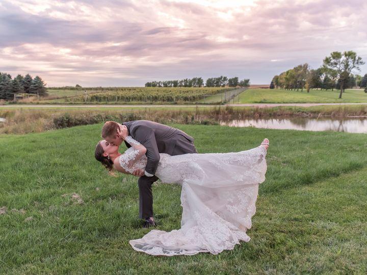 Tmx S5s 2482 51 1770747 162093904528248 Spirit Lake, IA wedding photography