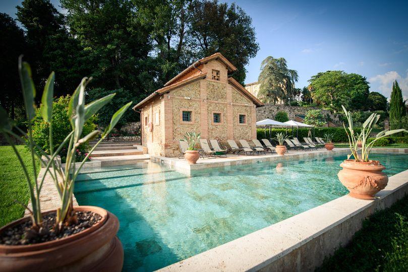 Swimming pool of Main Villa
