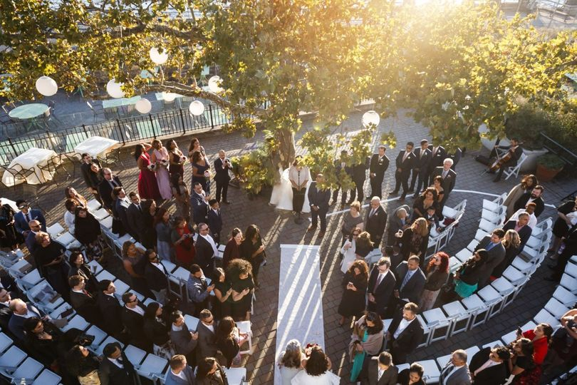 The sun shines on this ceremony