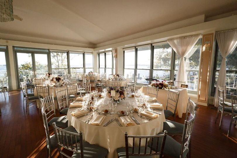 Reception-ready round tables