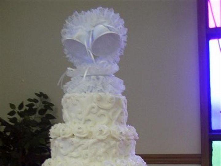 Tmx 1210020594332 L B40002d7da28d2ac9589c57a9f9ceffa Newport News wedding cake