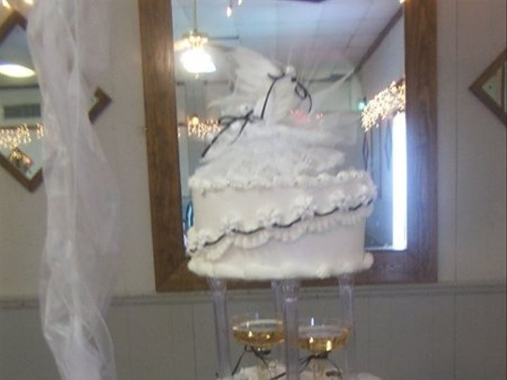 Tmx 1216031022817 BlackandWhite Newport News wedding cake