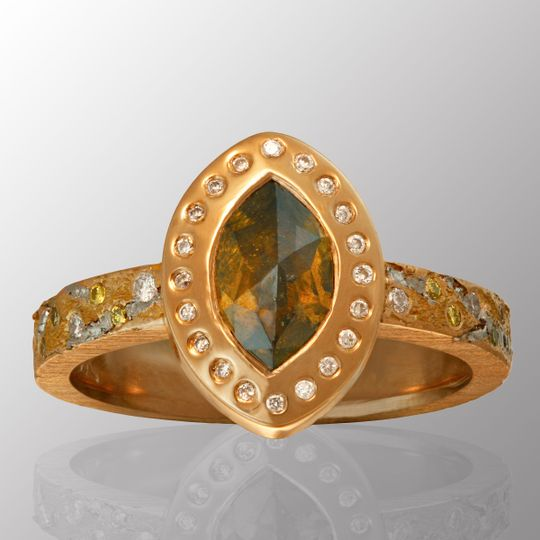 Marquise rose-cut center stone