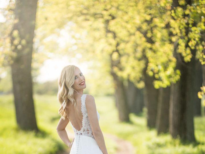 Tmx 1521482649 5670904f8841b8c5 1521482647 699a33afcc1085a0 1521482682328 4 8. LolaandLiv Irvine, CA wedding beauty
