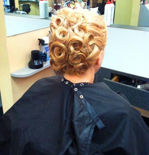Classic Pin curl updo