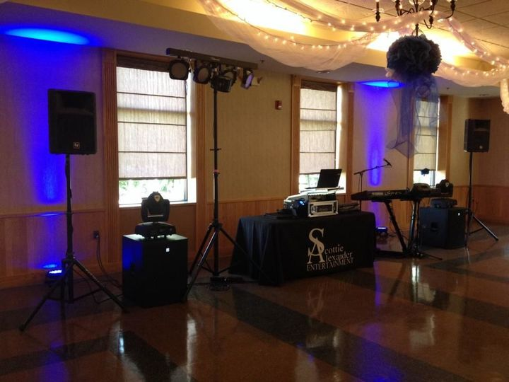 Another successful SA wedding getting ready to start in Brighton, MI