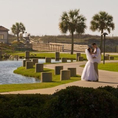 Couples find Ocean Creek to be the perfect wedding location.