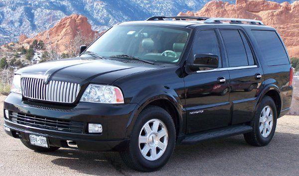 5 Passenger Lincoln Navigator