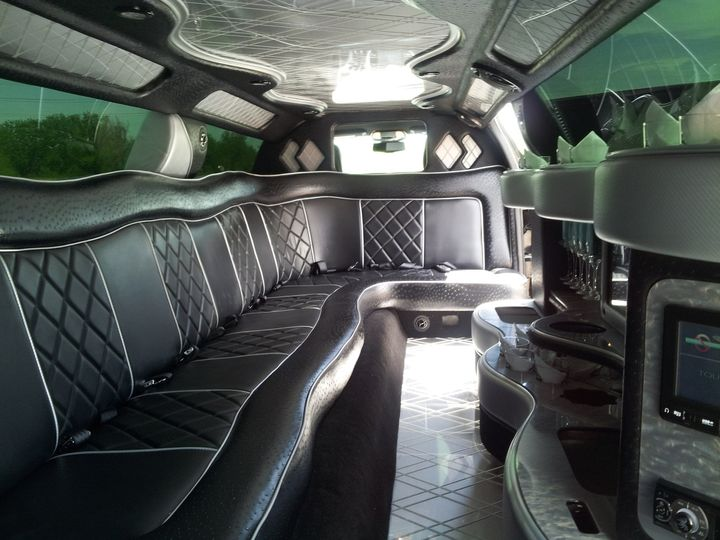 pax limo interior picture 2