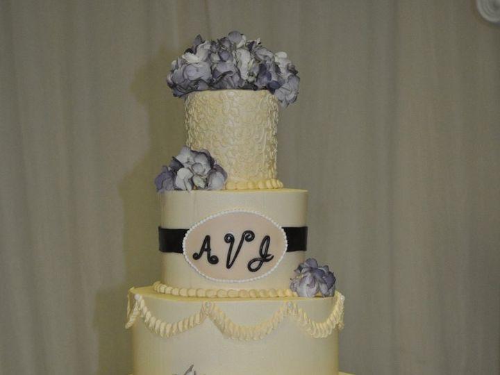 Tmx 1360985322613 DSC0194 Carteret, NJ wedding cake