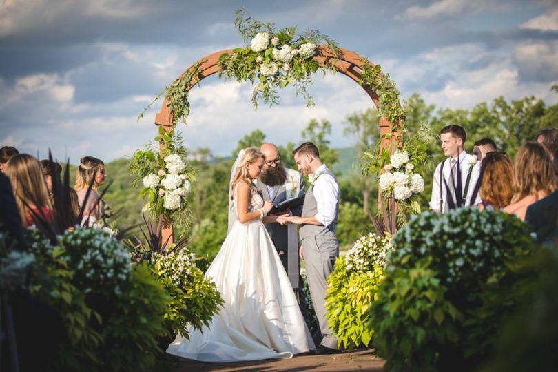 KV Texas Photo - Exchanging vows