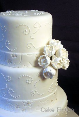 Tmx 1310181551520 WhiteRanunculusFlowersWeddingCake Long Valley, New Jersey wedding cake