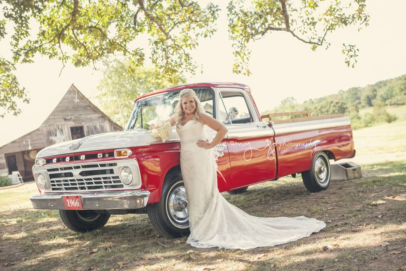 Bride and ride | Amy Jo Photography