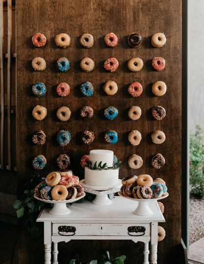 Doughnut wall and wedding cake
