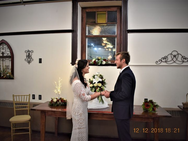 Tmx Ceremony At The Little Chepel Closeup 51 1023947 157551085413895 Orono, ME wedding venue