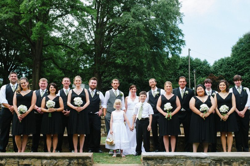 d3s6019 edit brendanjulie weddingparty