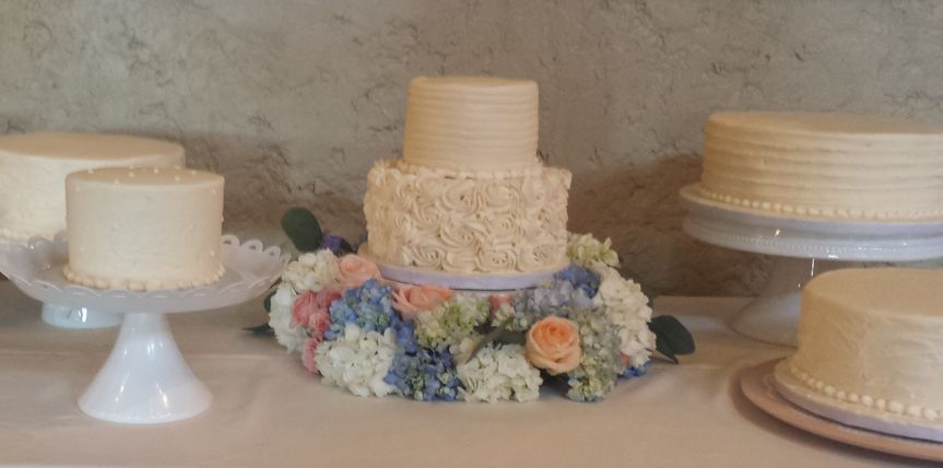 deconstucted vintage cakes