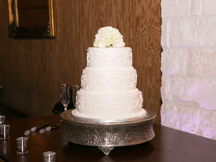 Tmx 1487279981812 1449 Houston, TX wedding cake