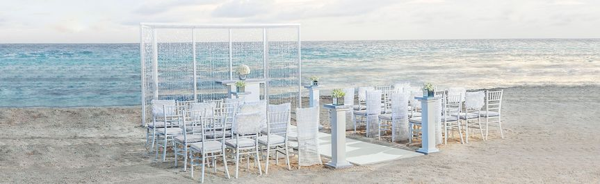 A minimalist Jamaican ceremony