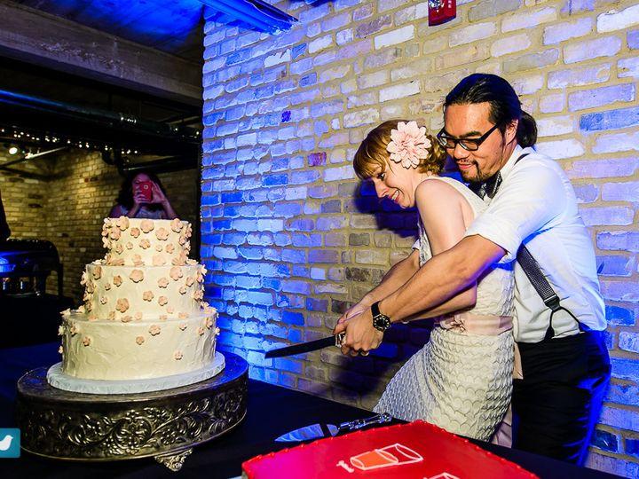 Tmx Reception Austin Wedding Photographer Maxs Wine Dive Cake Cutting 51 377947 158026103682270 Austin, TX wedding venue