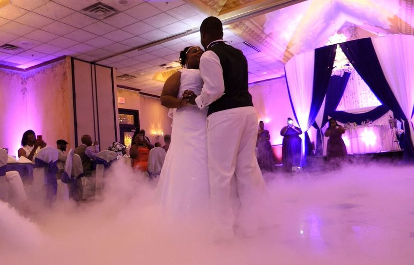 Fog machine during first dance