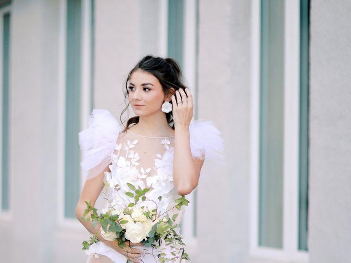 Tmx 9v1a1293 51 1988947 160513443125934 Greensboro, NC wedding dress