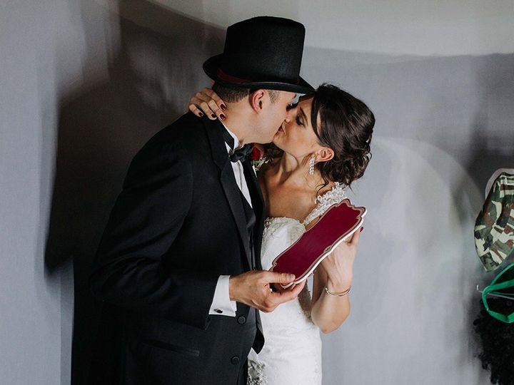 Tmx Photoboothbatonrouge Web 51 160057 1558378451 Clive, IA wedding dj