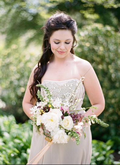 Bride- Photography by Almond Leaf Studios | Florals by J KayMay LLC