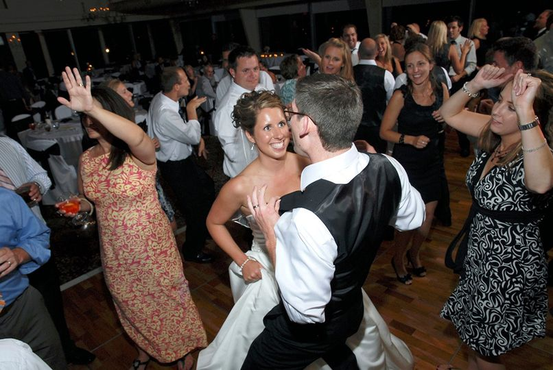 Bride and Groom in the groove