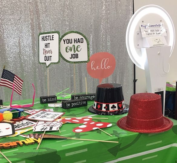 sports prop table 51 1074057 1563442293