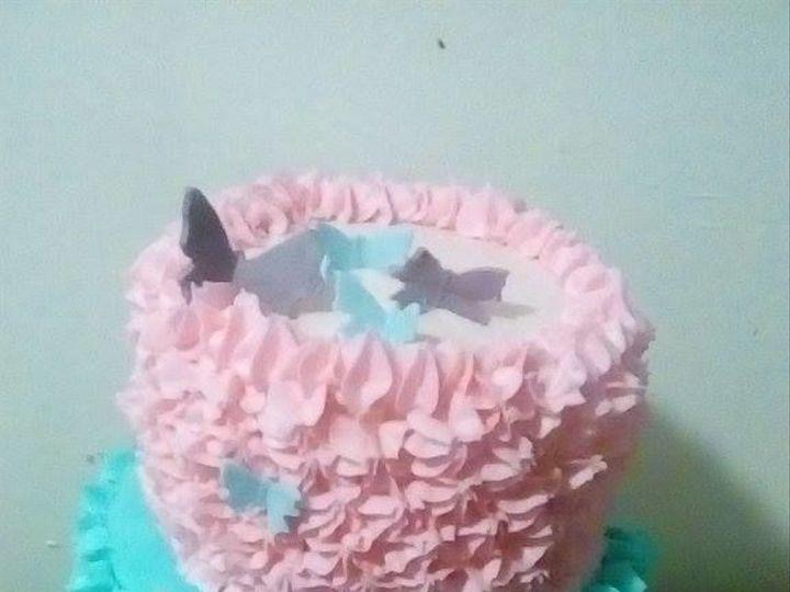 Tmx 1517332190 410d854b8627ed26 1517332188 975d851dc03ae092 1517332189110 1 Butterfly Kisses Pendleton wedding cake