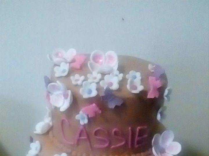 Tmx 1517332230 13dc457145481cdf 1517332230 8e8ce527d36178e2 1517332230112 4 Cassie Pendleton wedding cake