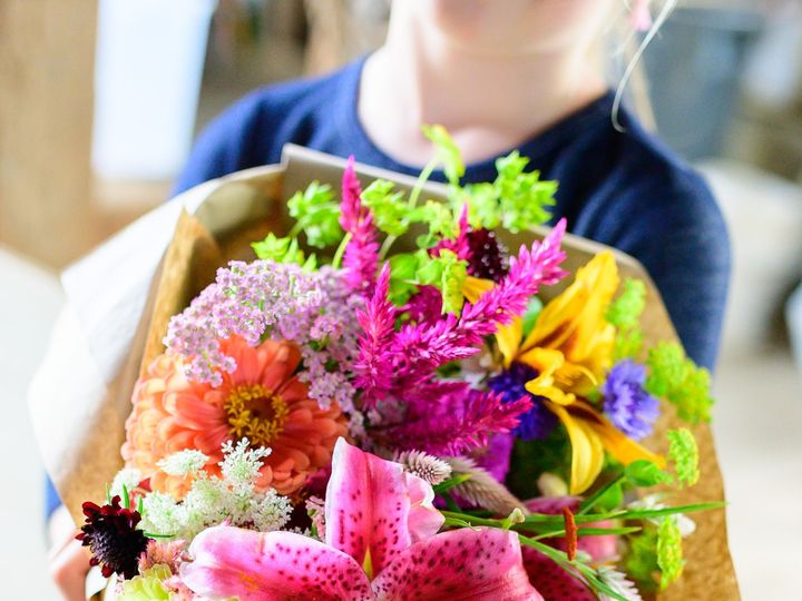 Tmx Erf 164 51 1899057 157499170858071 Gardiner, ME wedding florist
