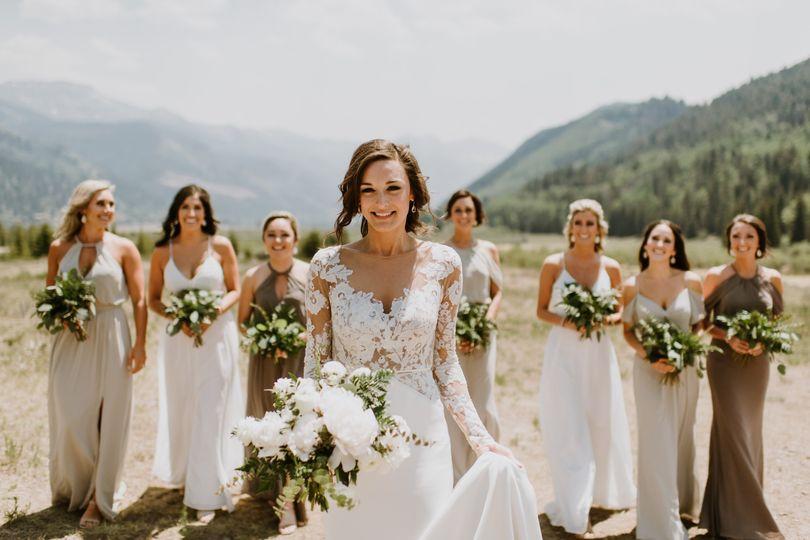Telluride wedding - bride and bridesmaids