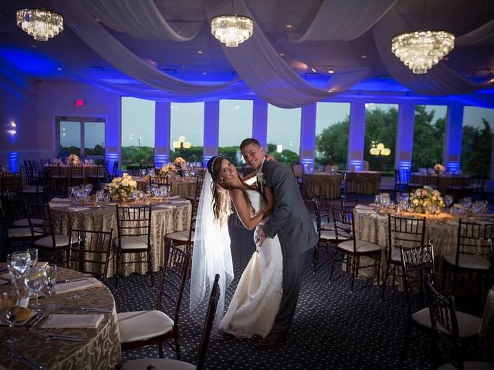 Tmx Ballroom Chandeliers4 51 3157 157403660391325 Sayville, NY wedding venue