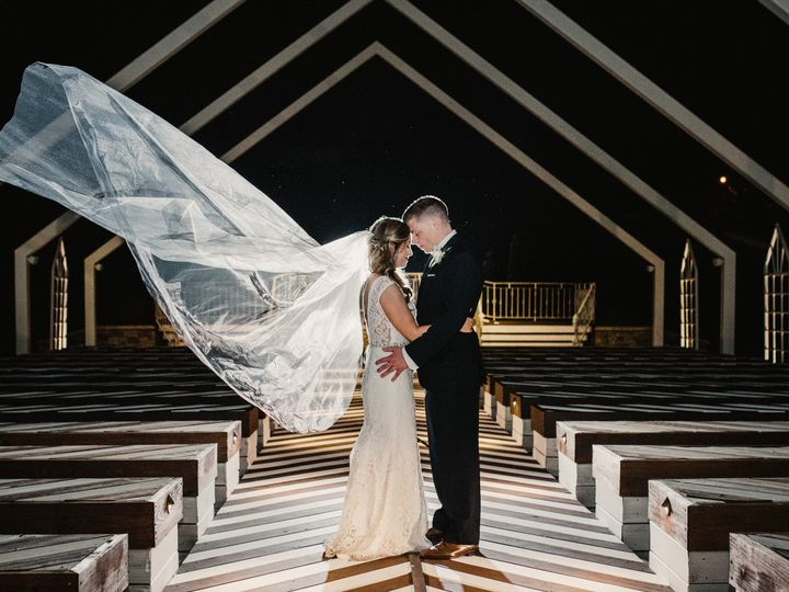 Tmx Tylertaelorwedding 517 51 974157 V1 Kansas City, MO wedding venue