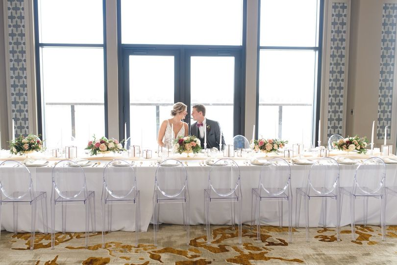 MERRILL WEDDING HEAD TABLE