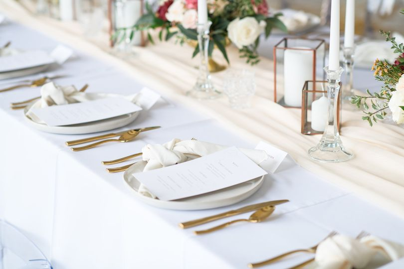 MERRILL WEDDING TABLE DECOR