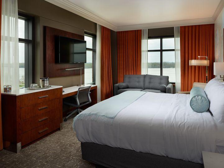 Tmx Room Jr Suite River View 51 1005157 1566937295 Muscatine, IA wedding venue