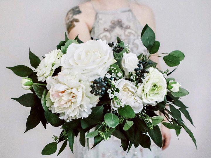 Tmx 106499610 3135120796601067 268043494390481107 O 51 1075157 159959480813866 Baltimore, MD wedding florist