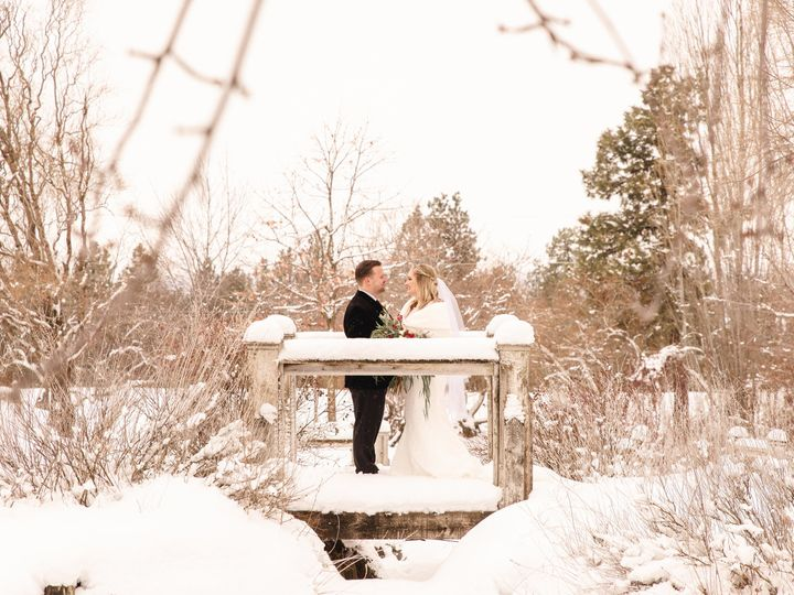 Tmx 2020 0118 Kushnerchuk Wedding Aford 184 51 1987157 159953171932064 Silverdale, WA wedding photography