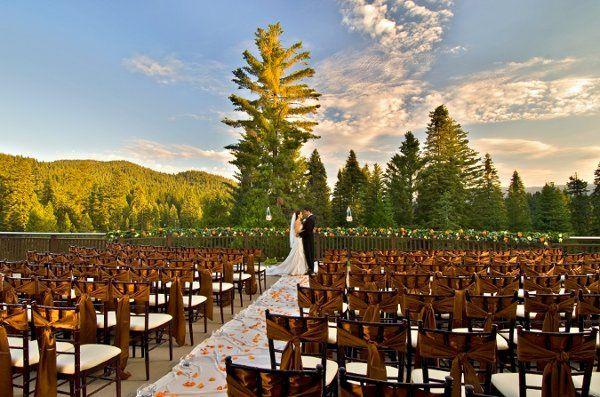 WeddingCeremonyTerraceCouple