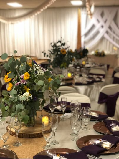 Rustic style centerpieces