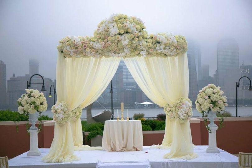 Chuppah rental nyc event rentals bronx ny weddingwire 800x800 1438185328456 1140300313120376321744067287765753728991205n 800x800 1403283317930 chuppahoutdoor junglespirit Gallery