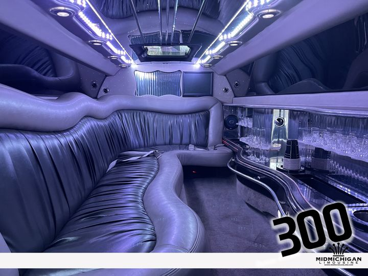 Tmx 300 03 51 547257 161063867592682 Midland, MI wedding transportation