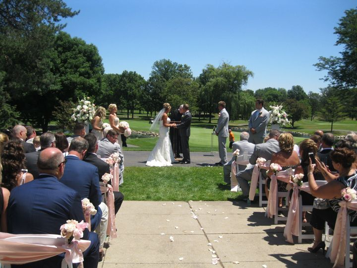 "Saying ""I do"" in the sunshine"